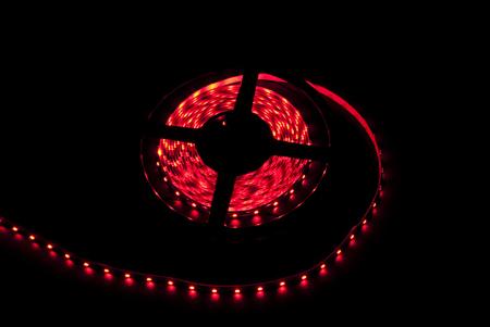 фото: Светодиодная лента 3528 60 диодов 12 вольт IP33 красная