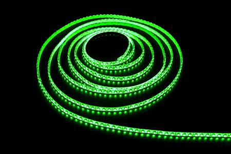 Светодиодная лента LEDcraft SMD 3528 9.6 Ватт на метр 120 диодов на метр IP 65 Зеленый