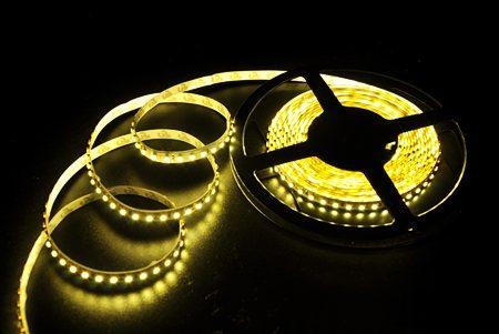 Светодиодная лента LEDcraft SMD 3528 9.6 Ватт на метр 120 диодов на метр IP 33 Теплый белый