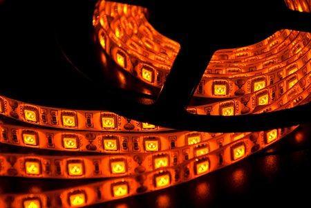 Светодиодная лента LEDcraft SMD 5050 15 Ватт на метр 60 диодов на метр IP 65 Желтый
