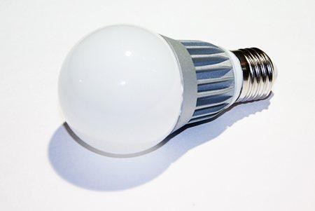 Светодиодная лампа LEDcraft Стандартная колба Е27 5 Ватт Теплый белый