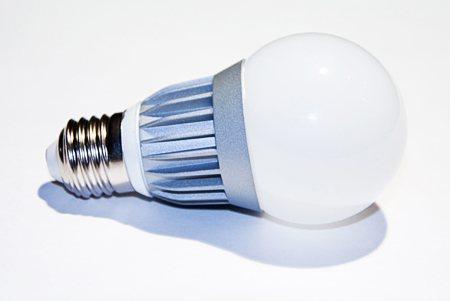 Светодиодная лампа LEDcraft Стандартная колба Е27 7 Ватт Холодный белый